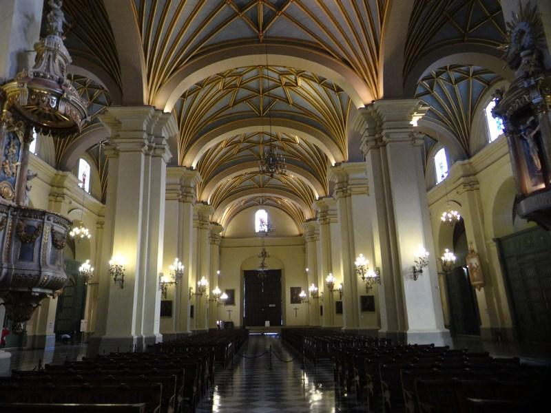 07-in-catedrala
