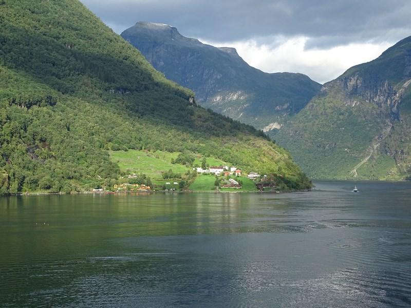 09-sat-norvegian