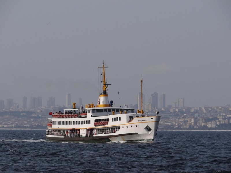 10-ferry-istanbul