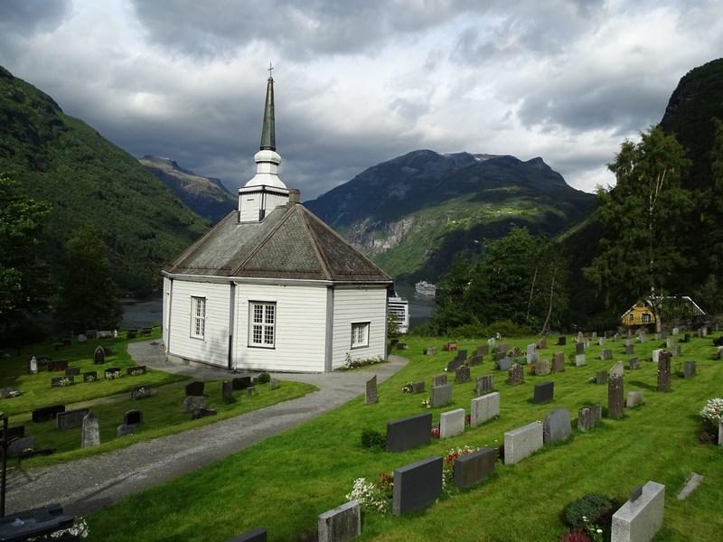 13-biserica-geiranger