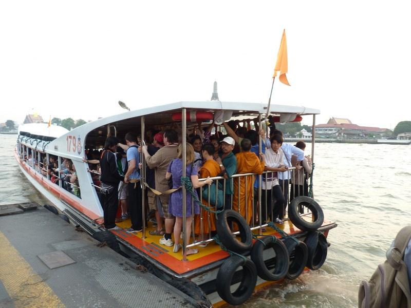 16-full-boat-bangkok