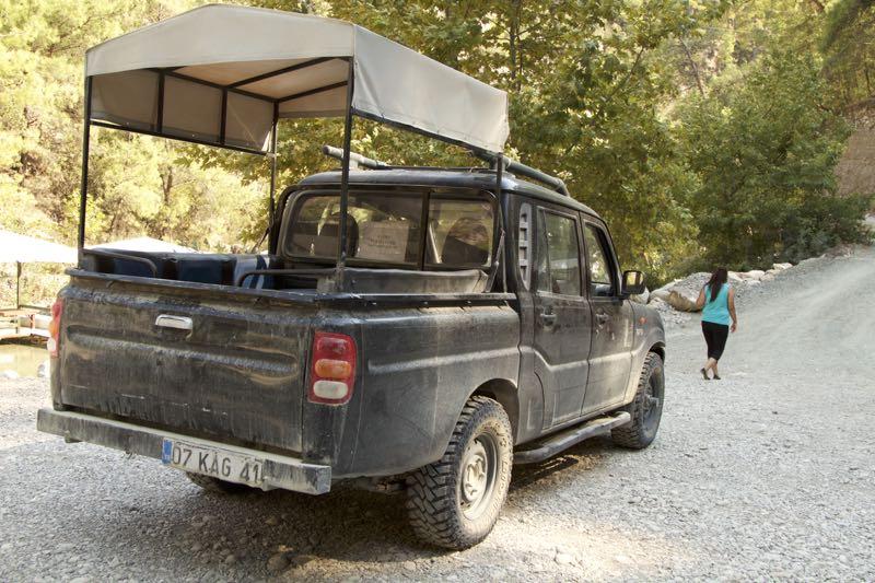 26-canion-jeep-ul-care-te-duce-la-traseu