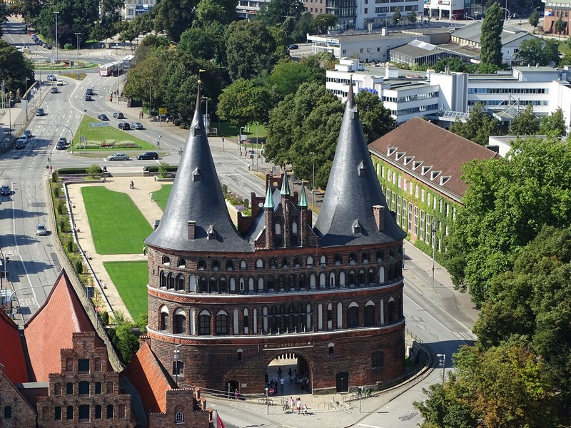 26-holstentor