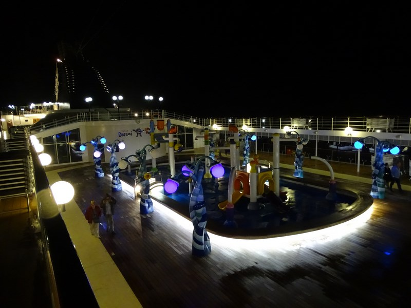 46-msc-opera-open-deck