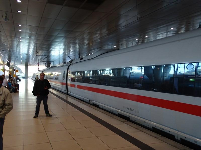 01-ice-frankfurt