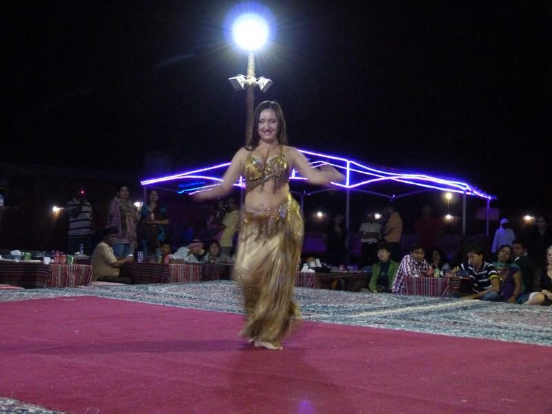 09-dansatoare-din-buric-copy