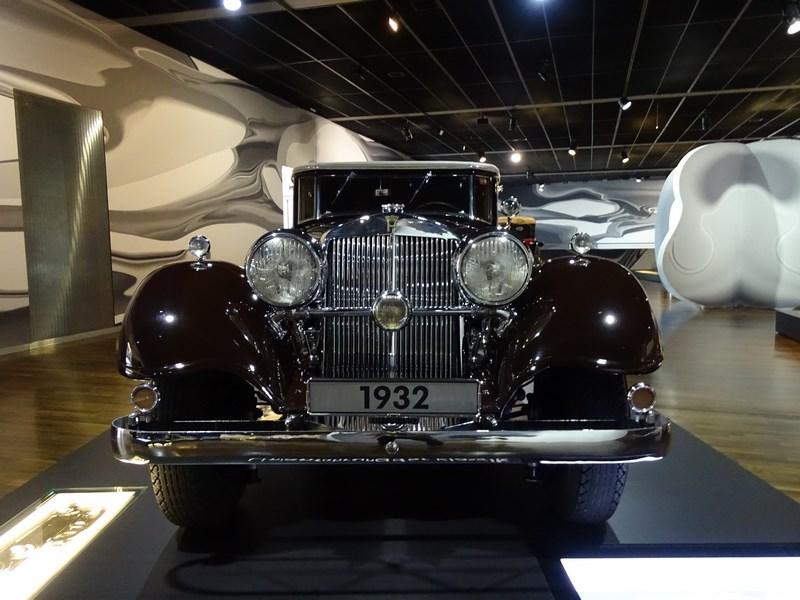 09-masina-1932