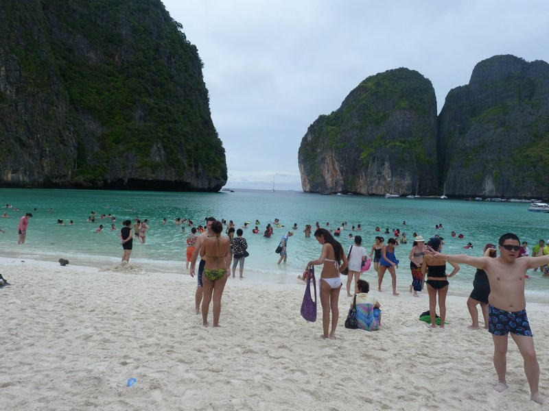 11-phi-phi-the-beach