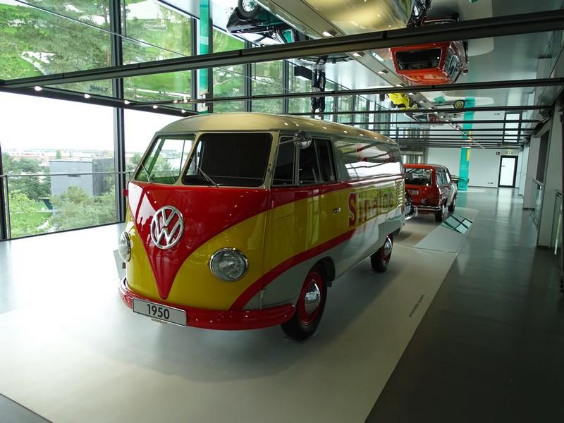 12-volkswagen-van