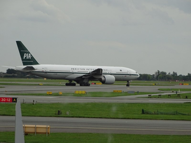 28-pakistan-international-airlines