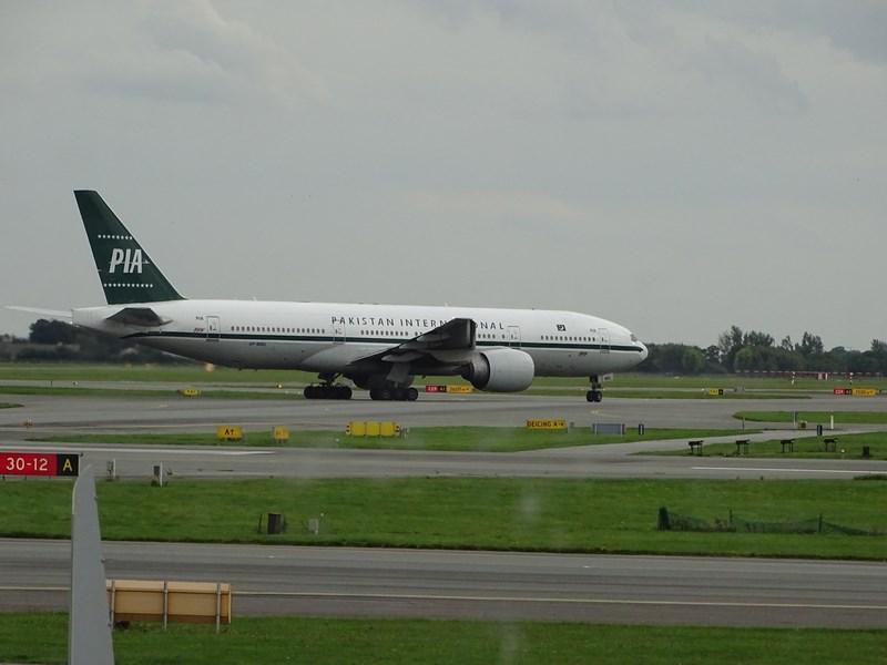 28-pakistan-international-airlines