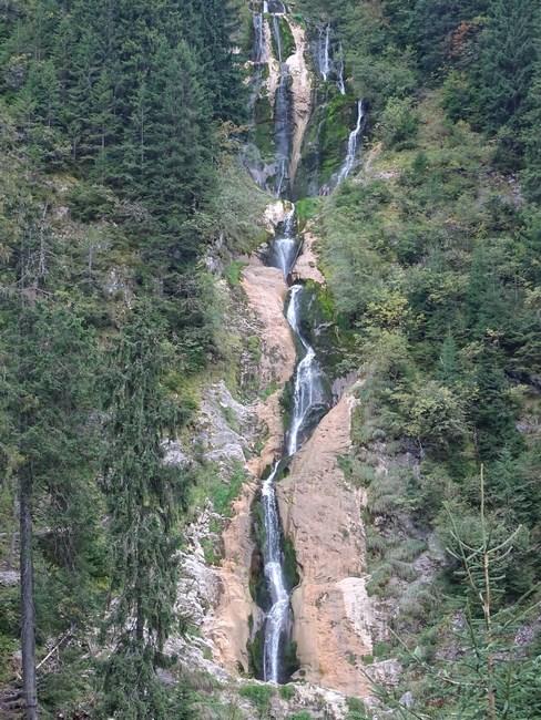 33-cascada-cailor