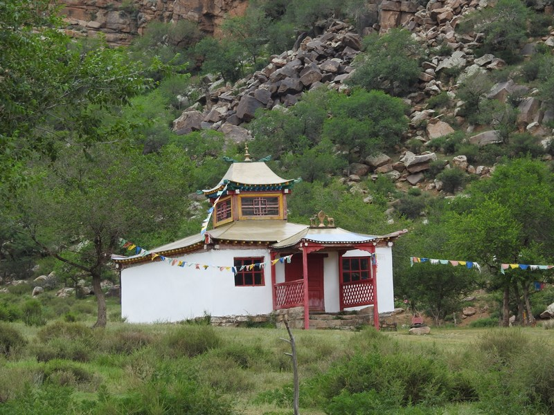 03-erdene-khamba