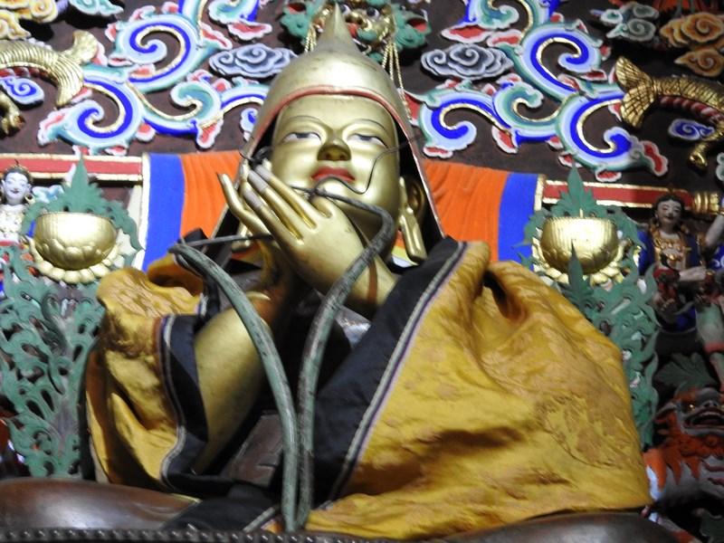 06-statuie-mongola