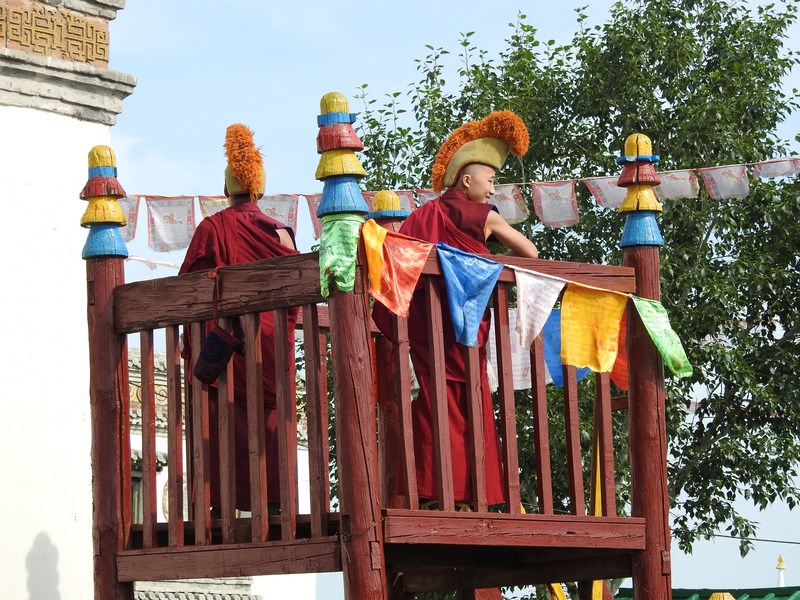 19-calugari-tibetani
