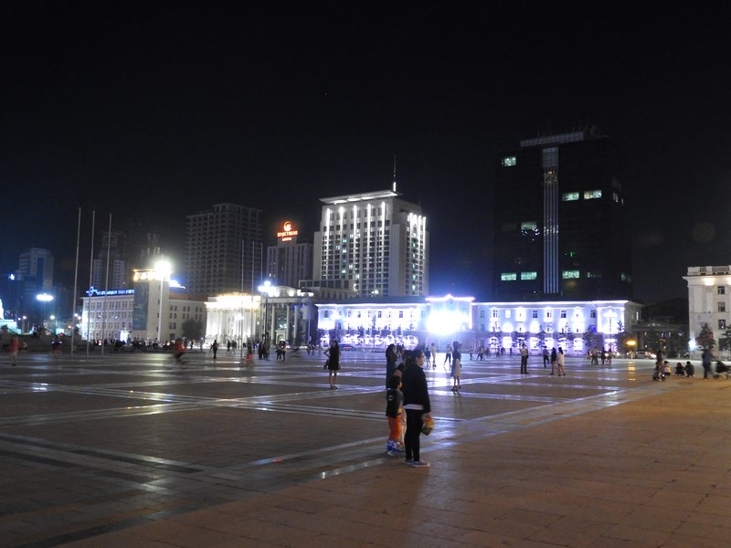 21-ulaan-bataar-by-night