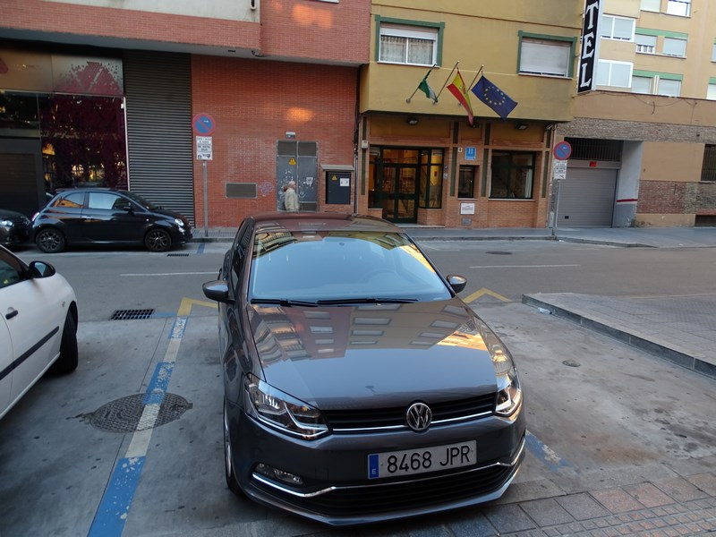 06-rent-a-car-malaga-goldcar