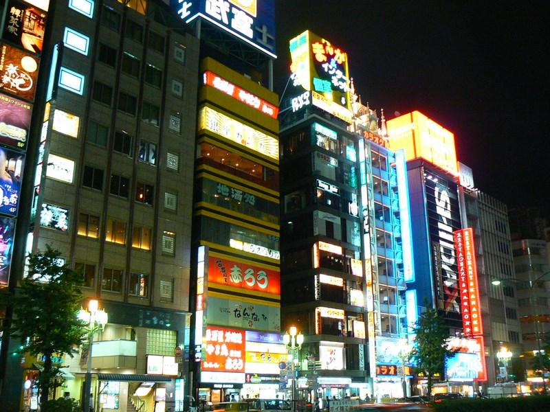 09-tokyo-by-night