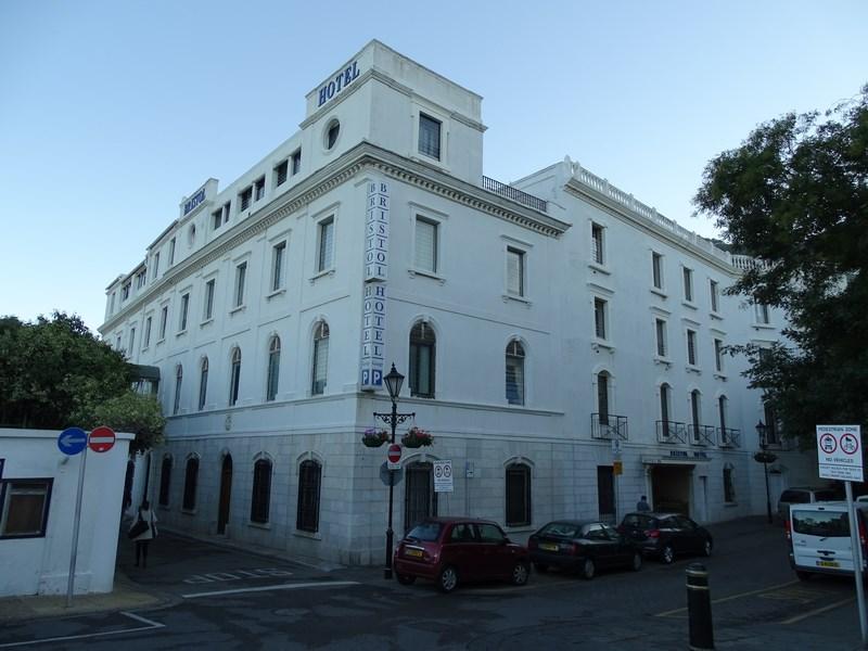 15-hotel-bristol-gibraltar