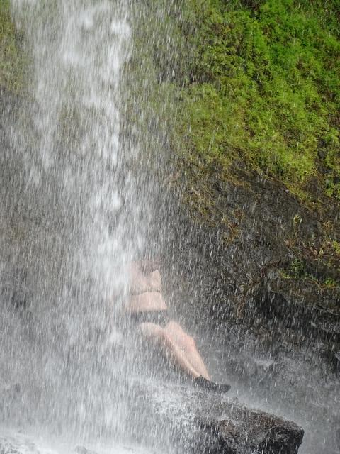 15-sub-cascada