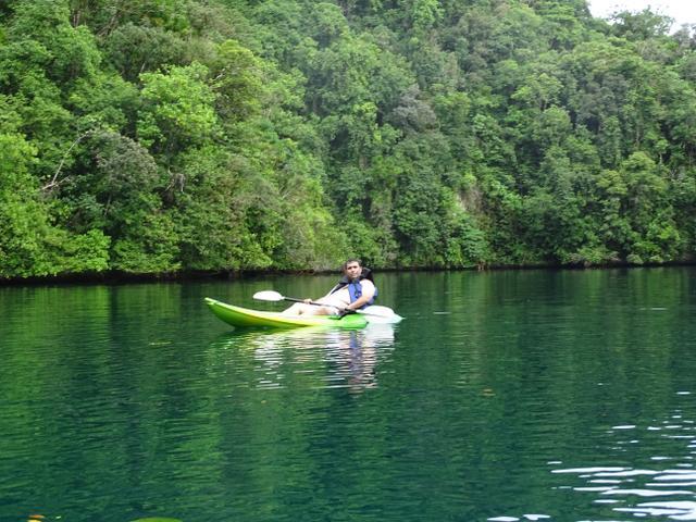 20-canoe-palau