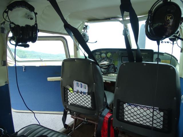 31-interior-avion