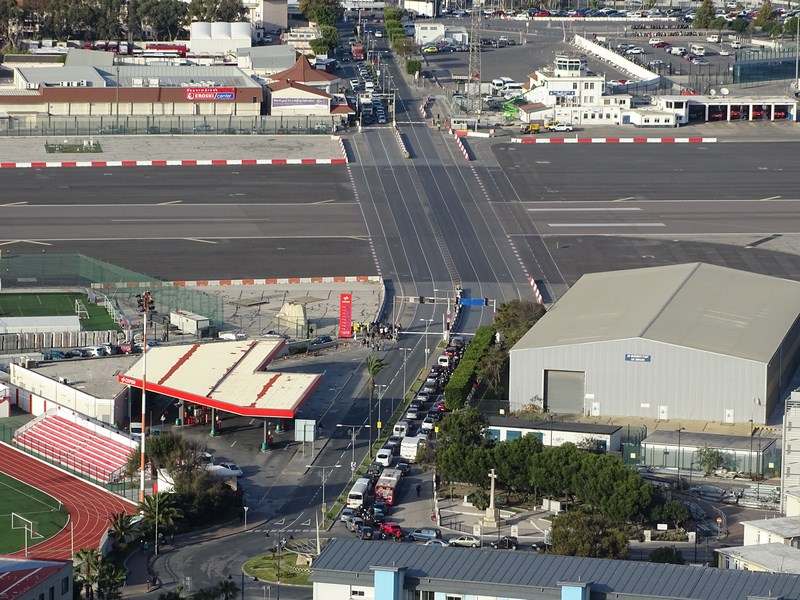 41-semafor-aeroport