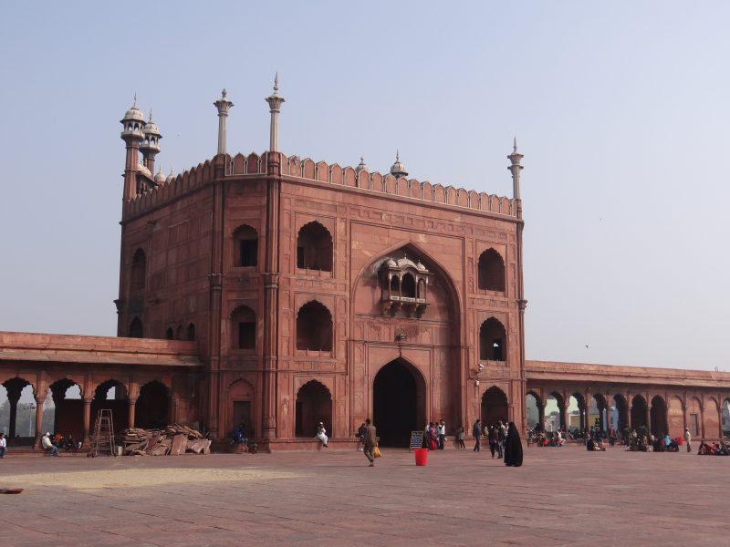 02. Intrare moschee Delhi