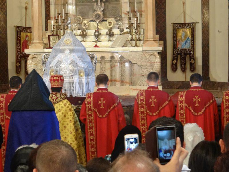 09. Slujba armeneasca