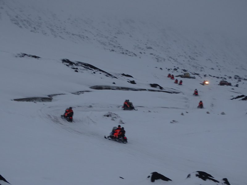 09. Snowmobile in Islanda