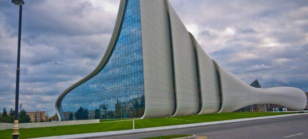 15. Centrul Heydar Aliyev