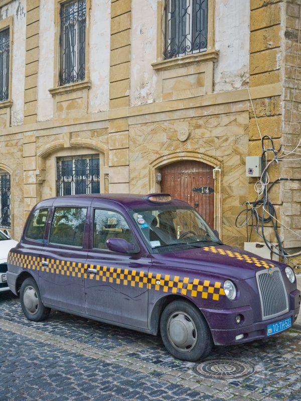 18. Taxi