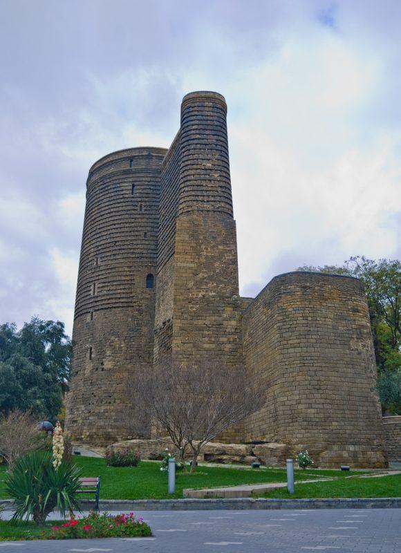 2. Turnul Fecioarei