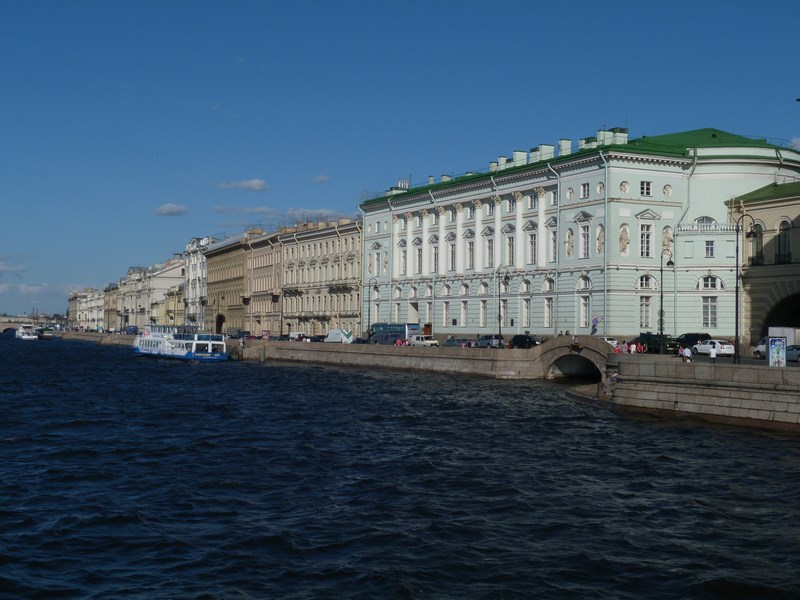 01. St. Petersburg - malurile Nevei