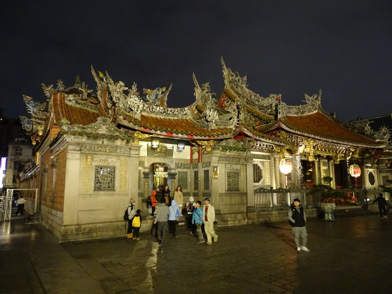 28. Lunngshan temple