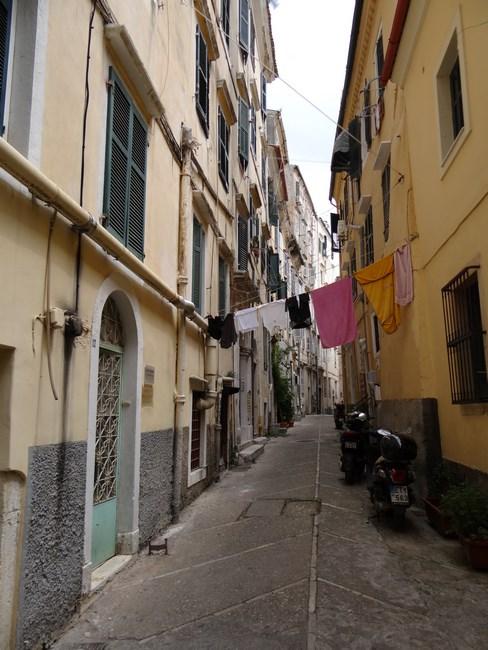 04. Strazile din Corfu City