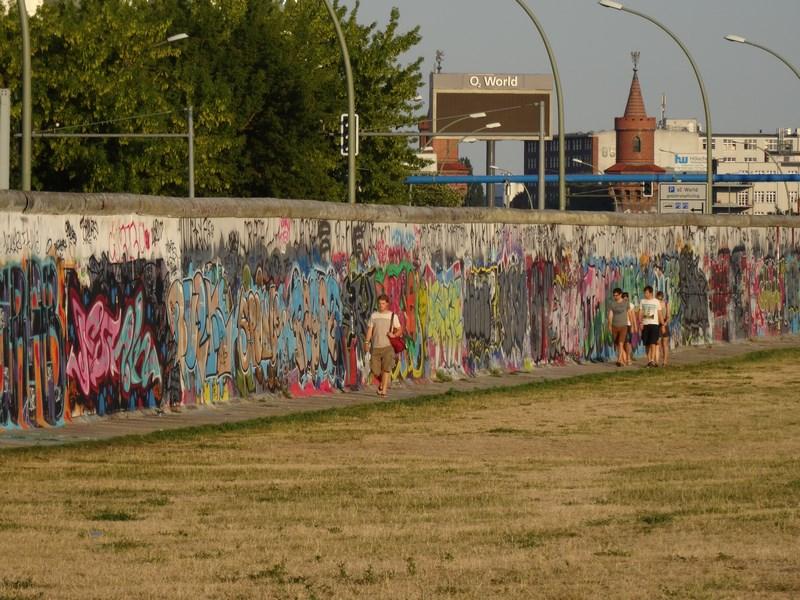 09. Zidul Berlinului