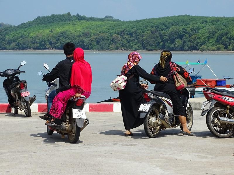 24. Moto Thailanda