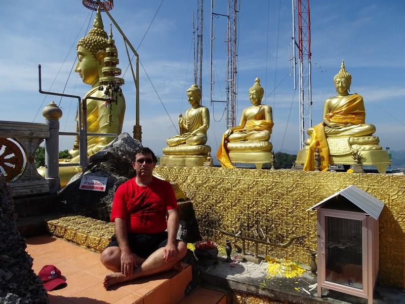 25. Statui budiste