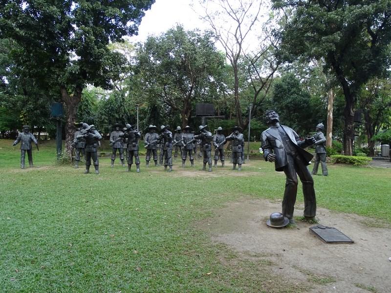 27. Statuie Rizal