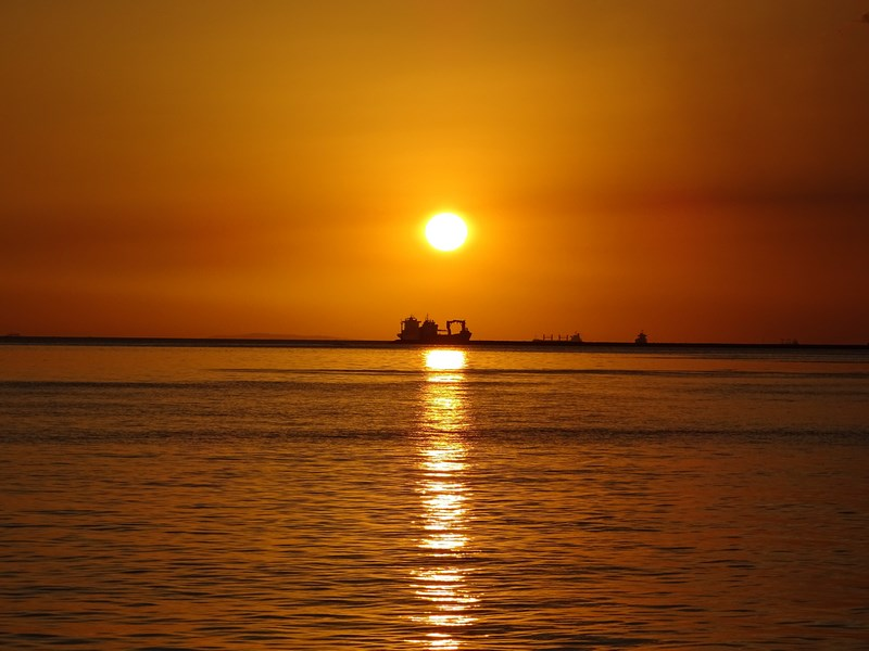 33. Manila sunset