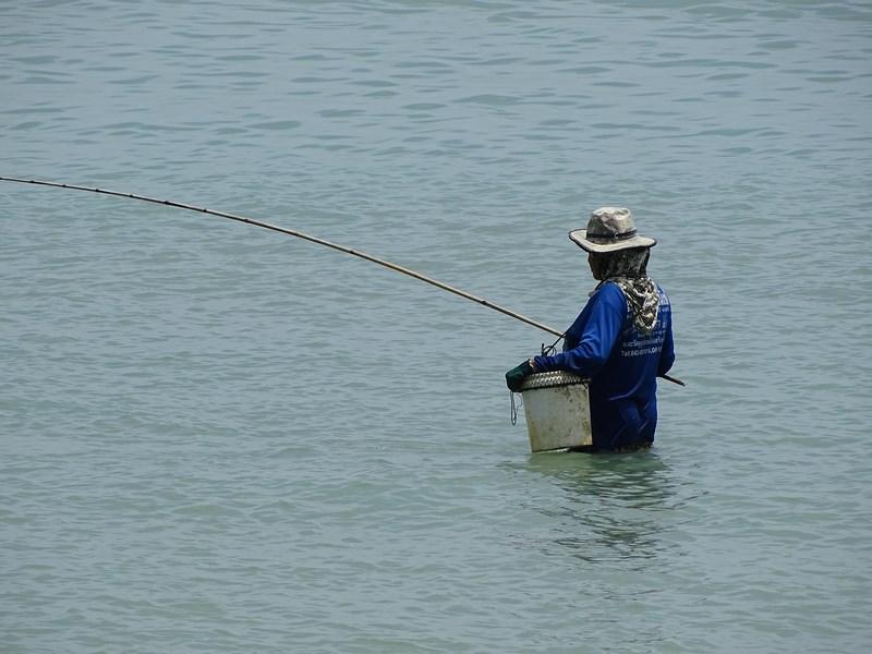 34. Pescar in apa