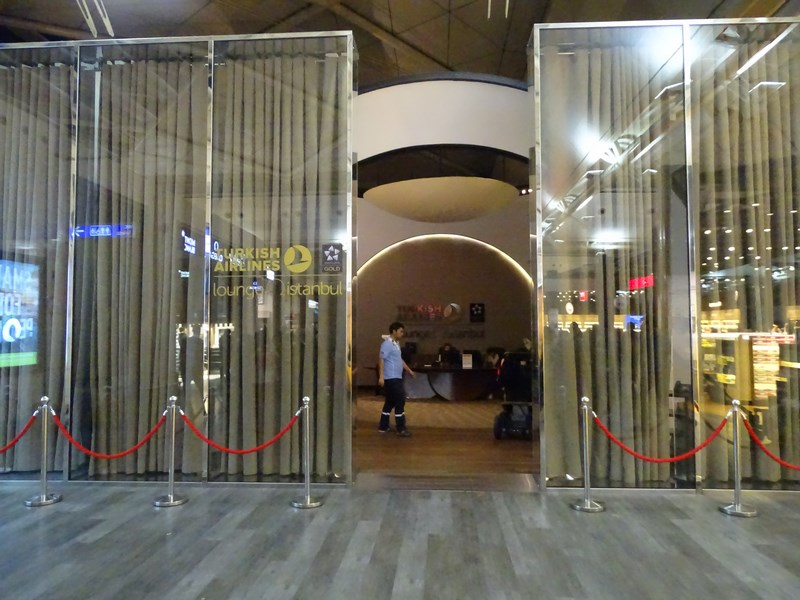 07. Turkish Airlines Lounge - Istanbul