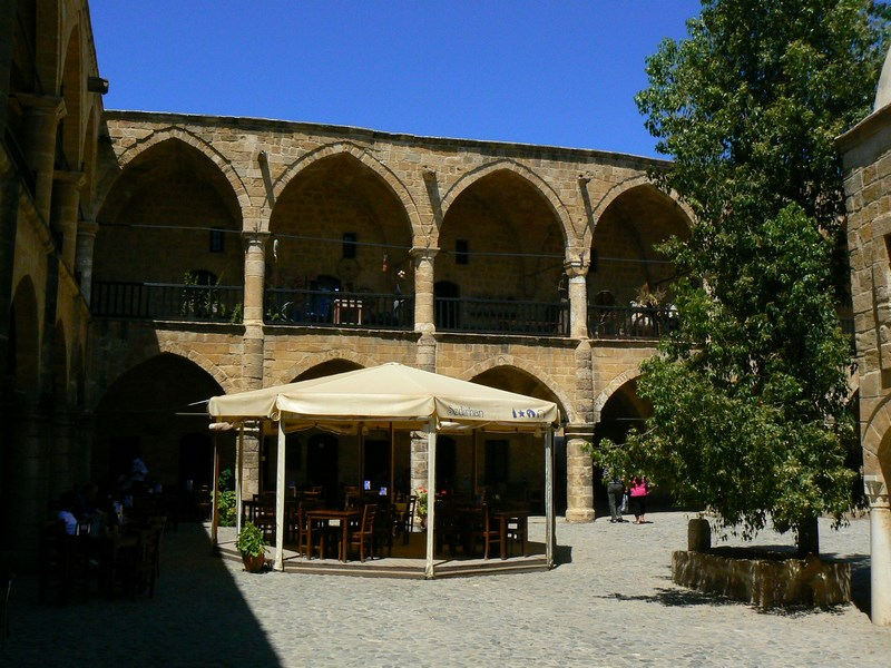 16. Han Nicosia