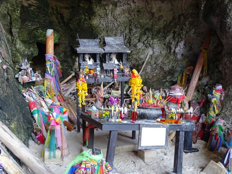 24. Phra Nang shrine