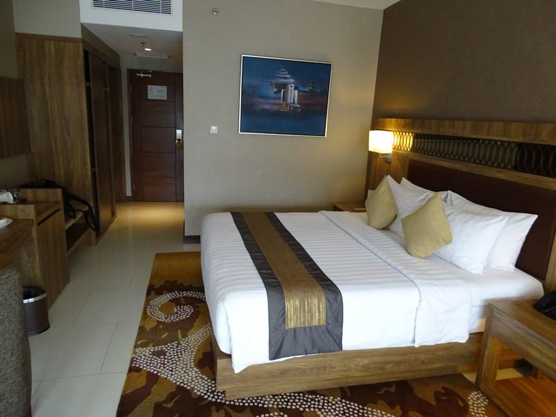 04. Camera hotel Yogya