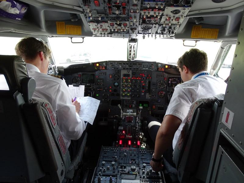 04. Cockpit Blue Air