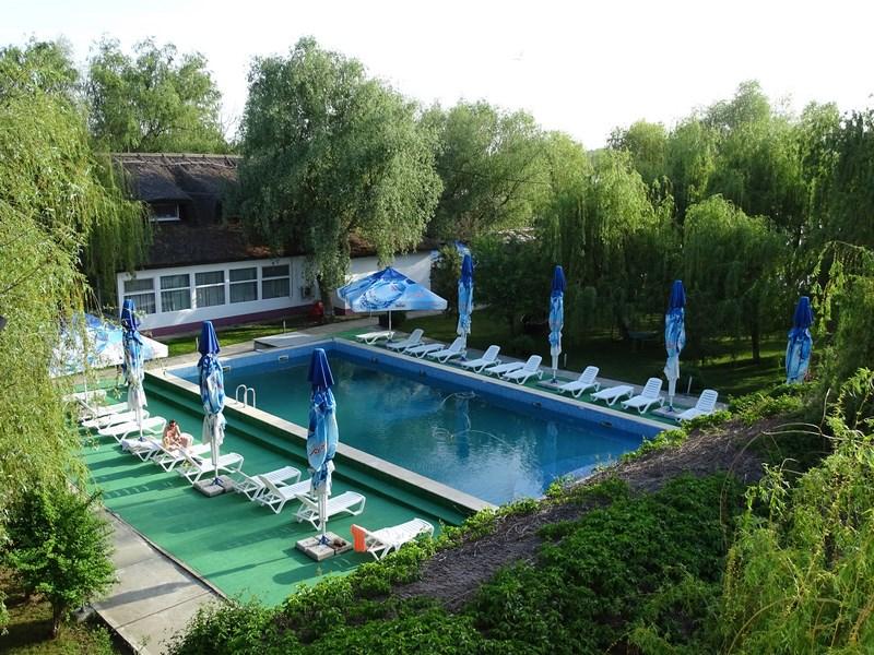 06. Piscina Guliver Resort