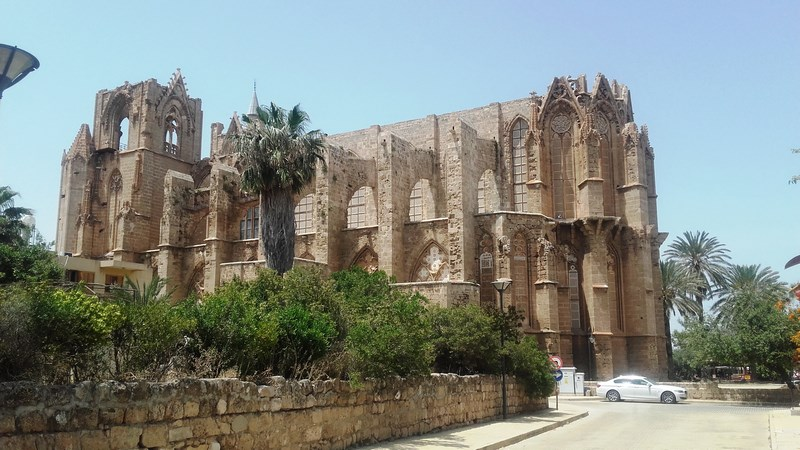 08. Famagusta- Lala Mustafa Pasa din laterala (Copy)