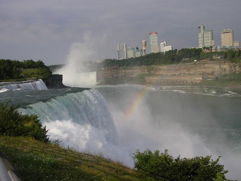 08. Niagara dinspre SUA